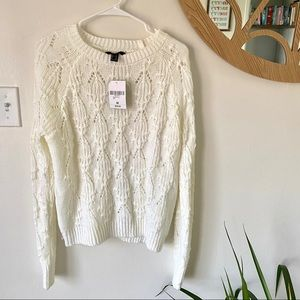 NWT F21 WHITE SWEATER MED
